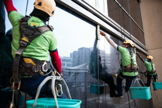 External Glass Cleaning With Rope Access & Cradle